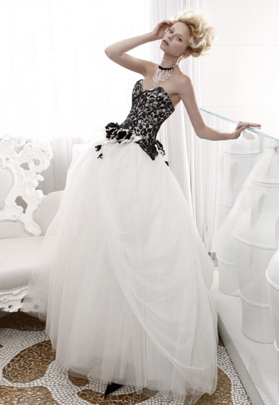 The Black & White of It.  Non-Traditional Wedding Dresses That Stun!