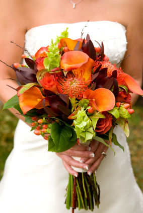 Vibrant Color Filled Fall Foliage Wedding Inspiration