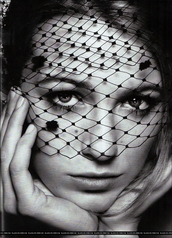 Blake Lively Glamour Magazine