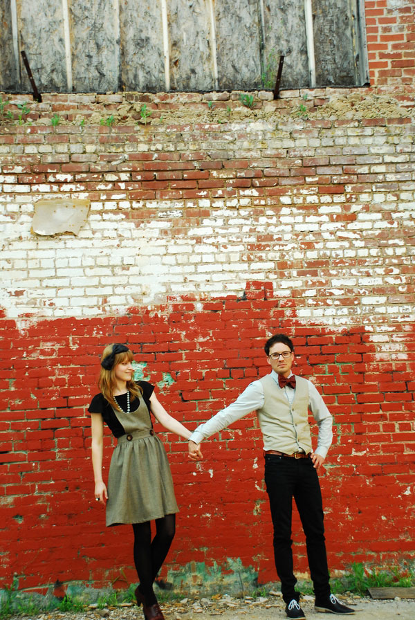 A Sweet Hipster Spin To This Throwback Feel Engagement Photo Session