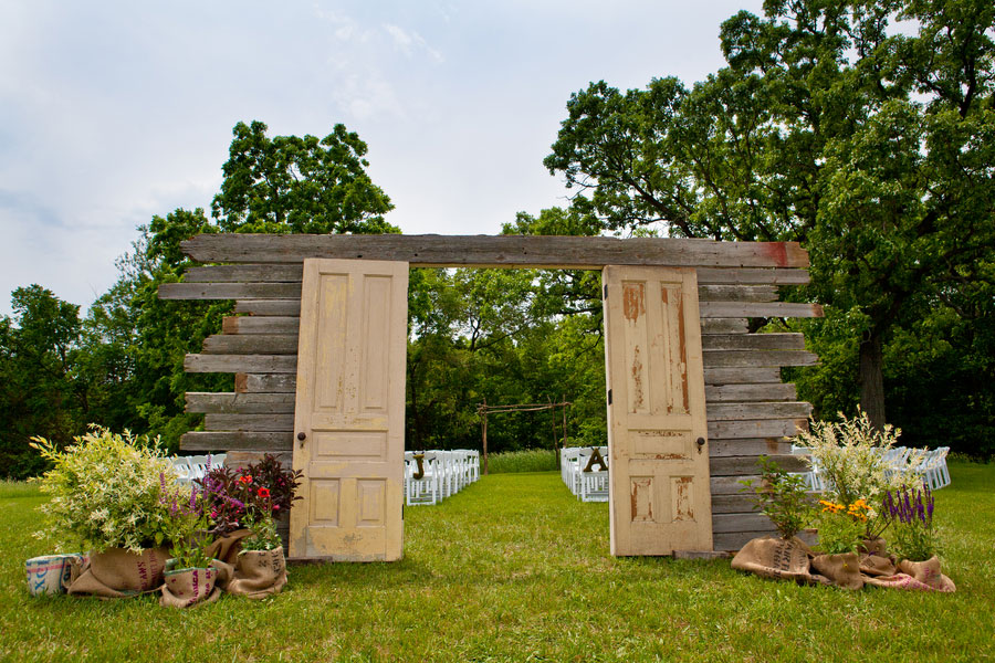 A gorgeous pavilion at orchard ridge farms wedding for Farm door ideas