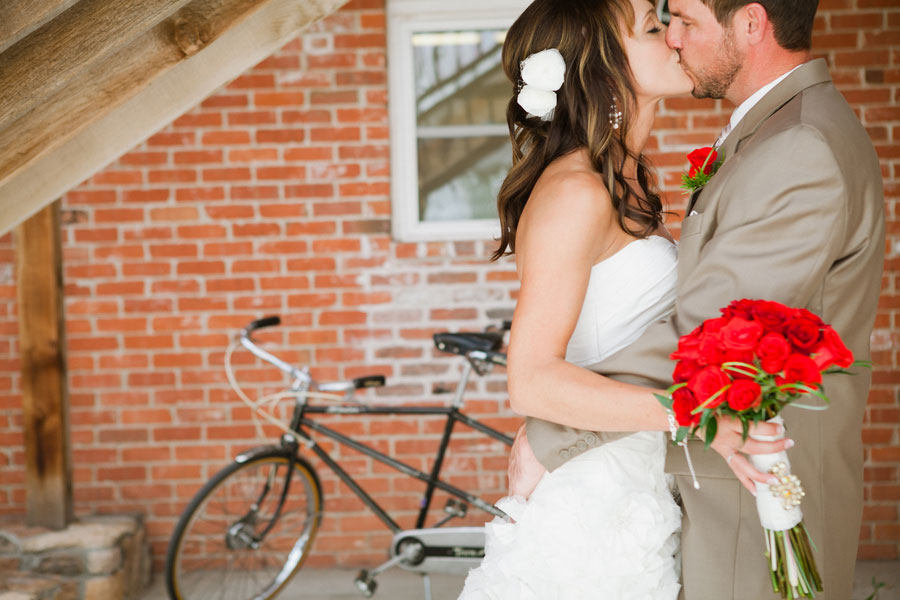 An Upscale Take On Beers & Bikes In A Slightly Corky Fort Collins Colorado Wedding