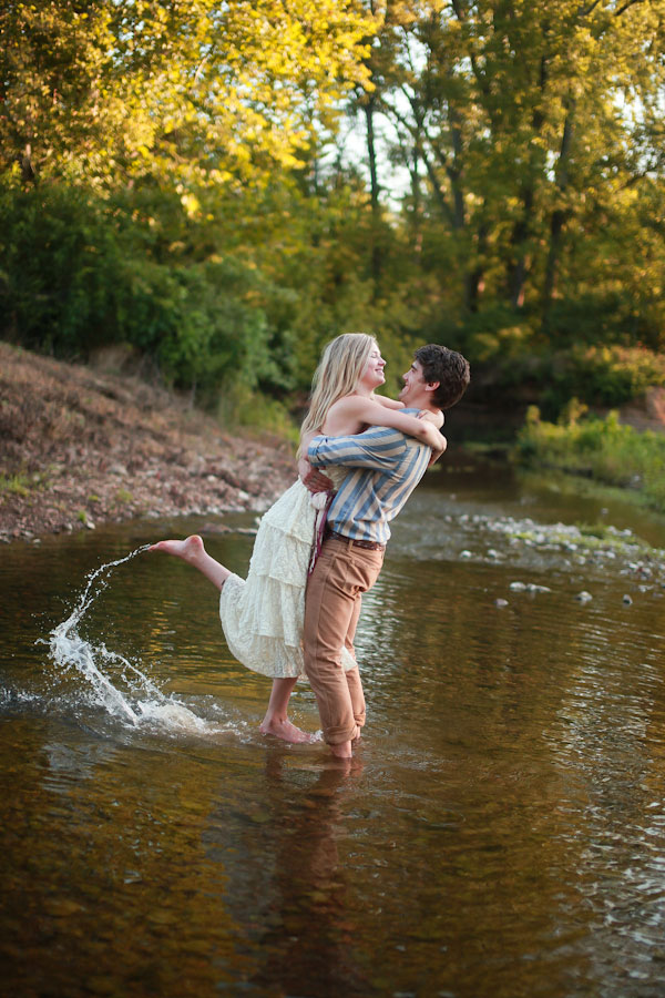 Lauren & Kappel early morning Rustic Engagement Session Amber Davis Photography