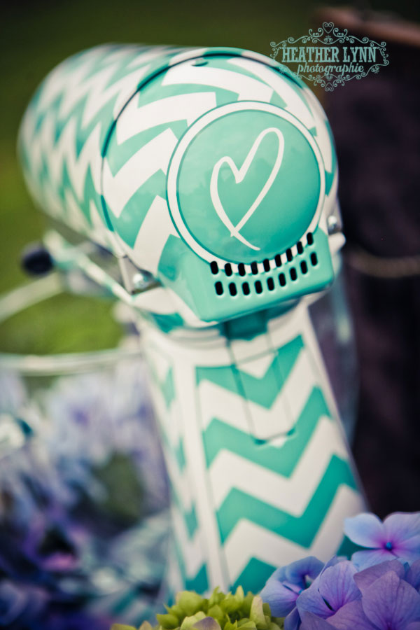 {SBW VF: Mariah Rainier Style} Modern Chevron DIY Wedding Featuring Bright Turquoise & Strong Black