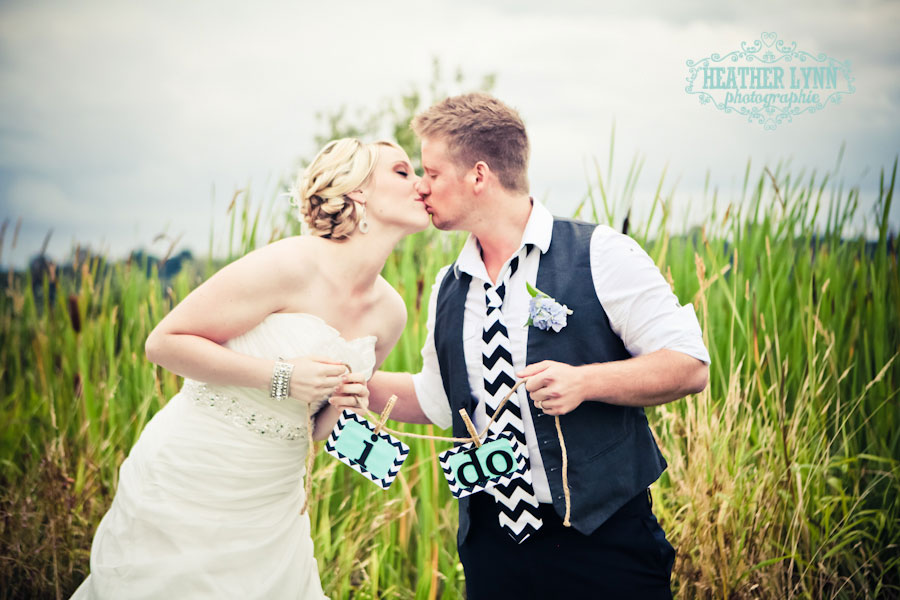 Styled Modern Chevron DIY Wedding by Mariah Rainier Style Heather Lynn Photographie