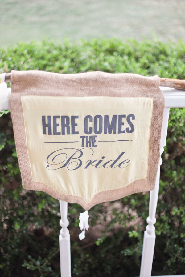 Audra_Kendal_Rustic_Country_DIY_Wedding_Larissa_Nicole_Photography_3