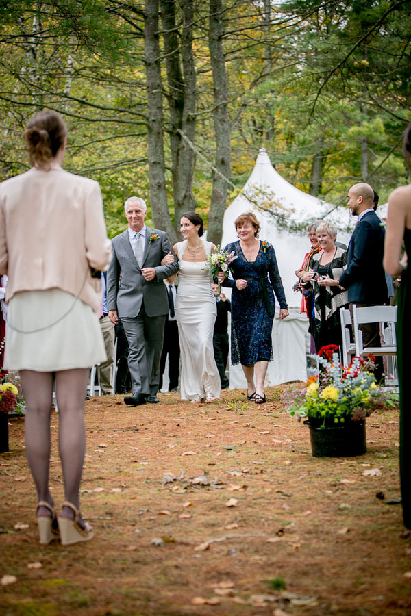 Claire_Joe_Nature_Perfect_Outdoor_Vermont_Wedding_Ampersand_Wedding_Photography_11
