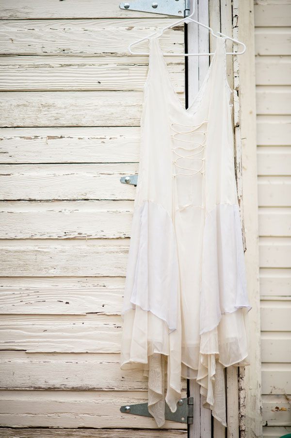 Sweet_Summers_Day_Casual_Country_Wedding_Ashley_Davis_Photography_2