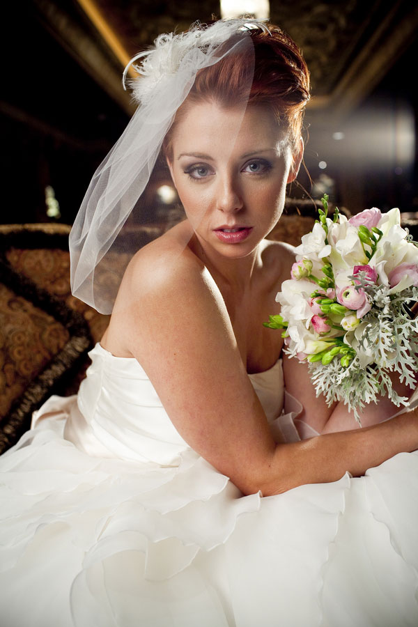 Modern Glam Bride House of Blues Styled Bridal Shoot Esvy Photography (3)