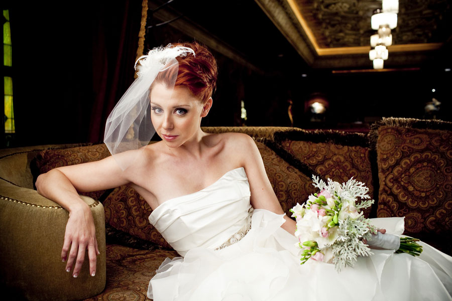 Modern Glam Bride House of Blues Styled Bridal Shoot Esvy Photography (5)