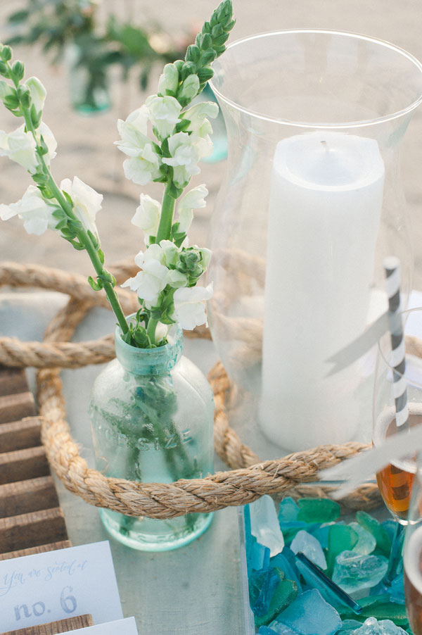 Sophiscated_Beach_Wedding_Salt_Water_Taffy_Inspired_Beach_Wedding_Colors_Christina_Lilly_Photography_3
