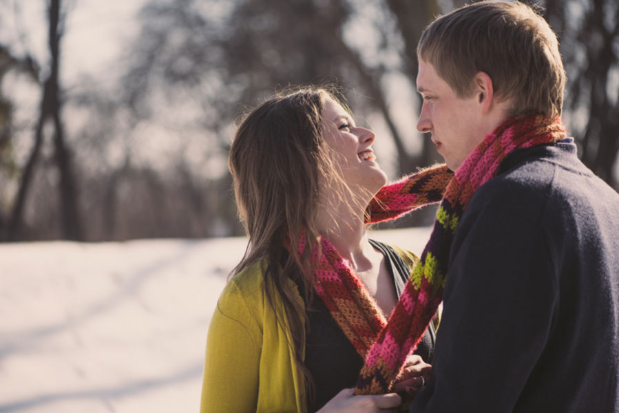 Elizabeth_Jonathan_Wrapped_Up_In_Love_Outdoor_Winter_Engagement_Session_Bleu_In_Love_Photography_16