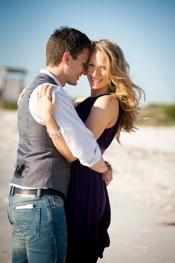 Honeymoon Island State Park Seaside Surprise Proposal | Photograph by Karen Harrison Photography