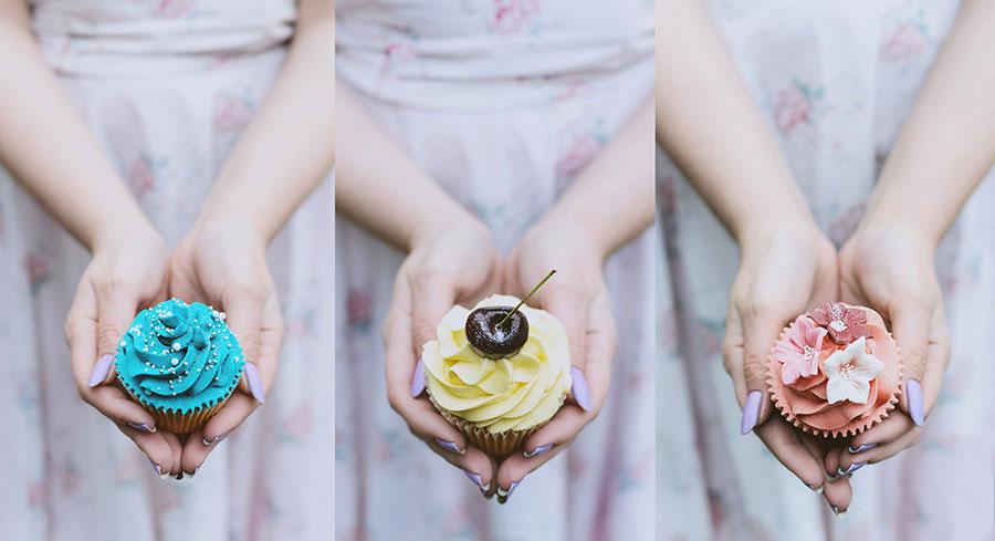 Romantic_Renaissance_Inspired_OffBeat_Engagement_Session_Katie_Drouet_Photography_6-h