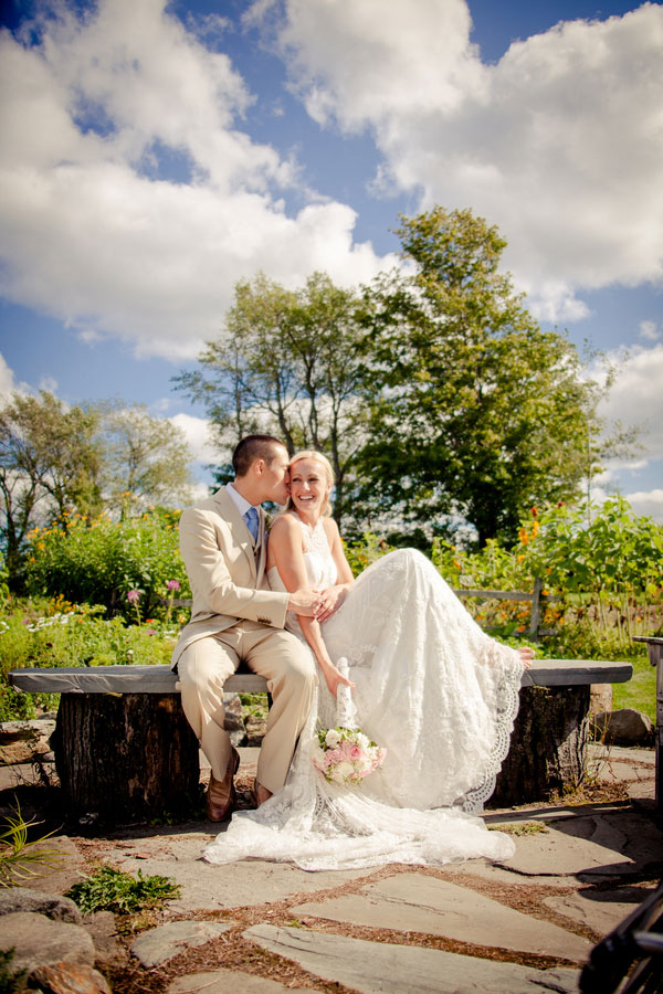 Sarah_Chris_Trapp_Family_Lodge_Wedding_Stowe_Vermont_Kathleen_Landwehrle_Photography_11