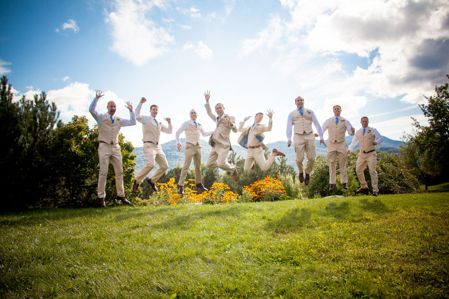 Sarah_Chris_Trapp_Family_Lodge_Wedding_Stowe_Vermont_Kathleen_Landwehrle_Photography_13