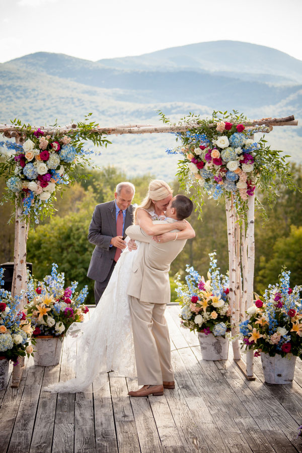 Sarah_Chris_Trapp_Family_Lodge_Wedding_Stowe_Vermont_Kathleen_Landwehrle_Photography_22