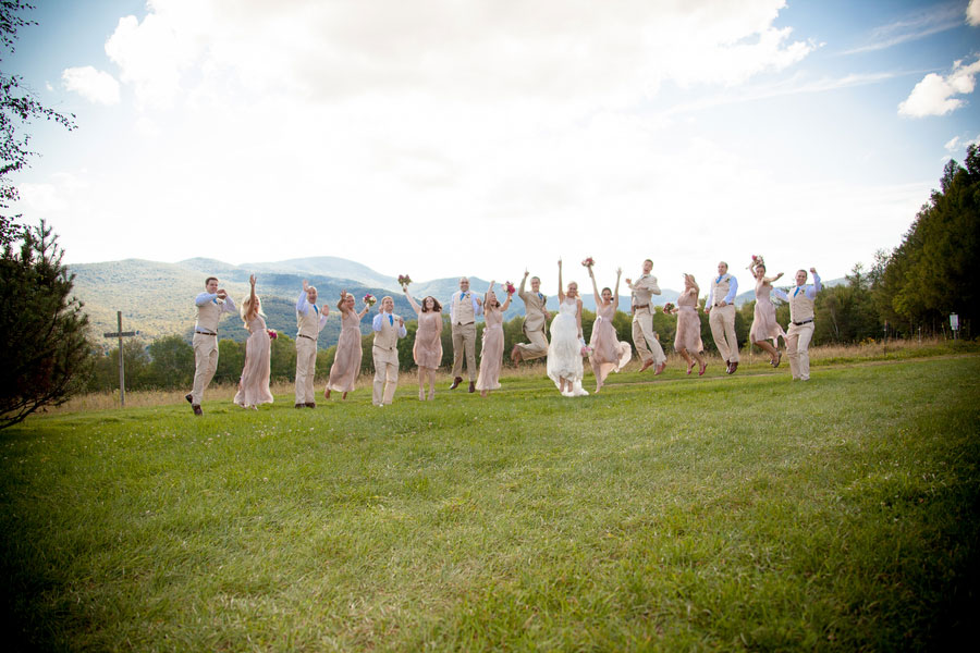Sarah_Chris_Trapp_Family_Lodge_Wedding_Stowe_Vermont_Kathleen_Landwehrle_Photography_23