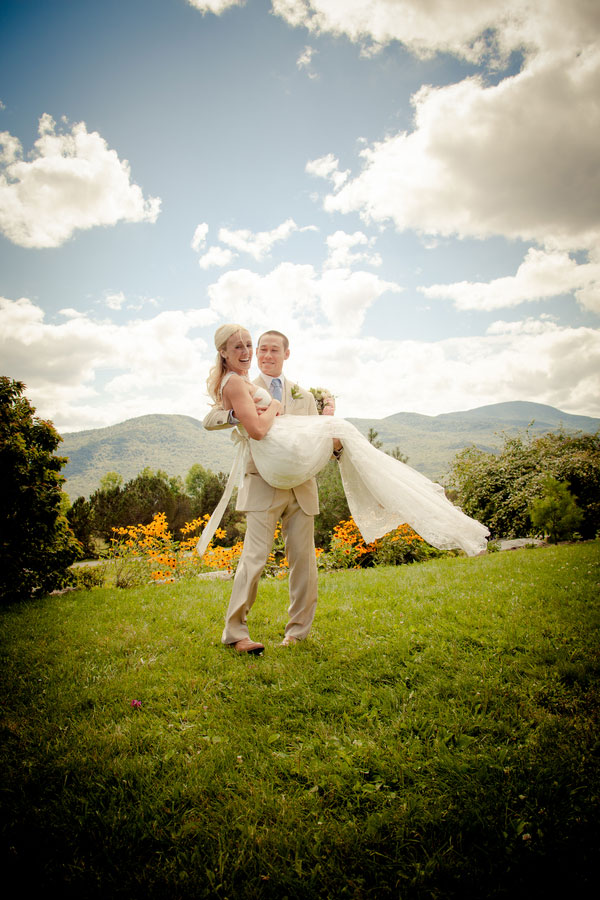 Sarah_Chris_Trapp_Family_Lodge_Wedding_Stowe_Vermont_Kathleen_Landwehrle_Photography_26