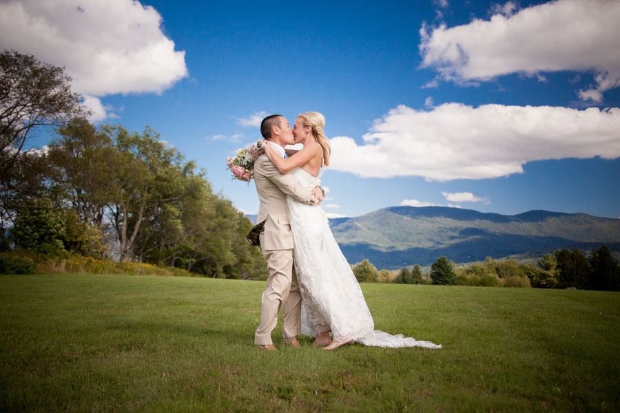 Sarah_Chris_Trapp_Family_Lodge_Wedding_Stowe_Vermont_Kathleen_Landwehrle_Photography_31