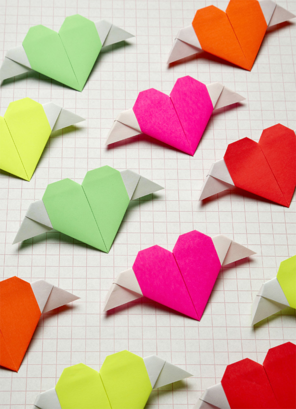 WINGED MESSENGER Origami Hearts