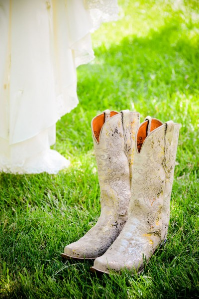 Nicole_Fred_Music_Festival_Inspired_Wedding_Planet_BlueGrass_Wedding_Elevate_Photography_9