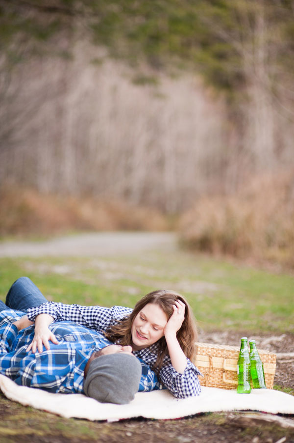 Ariel_Collin_Washington_Lake_Love_Engagement_Photos_Blue_Rose_Photography_11