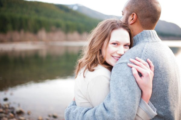 Ariel_Collin_Washington_Lake_Love_Engagement_Photos_Blue_Rose_Photography_19