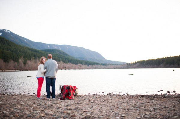 Ariel_Collin_Washington_Lake_Love_Engagement_Photos_Blue_Rose_Photography_21