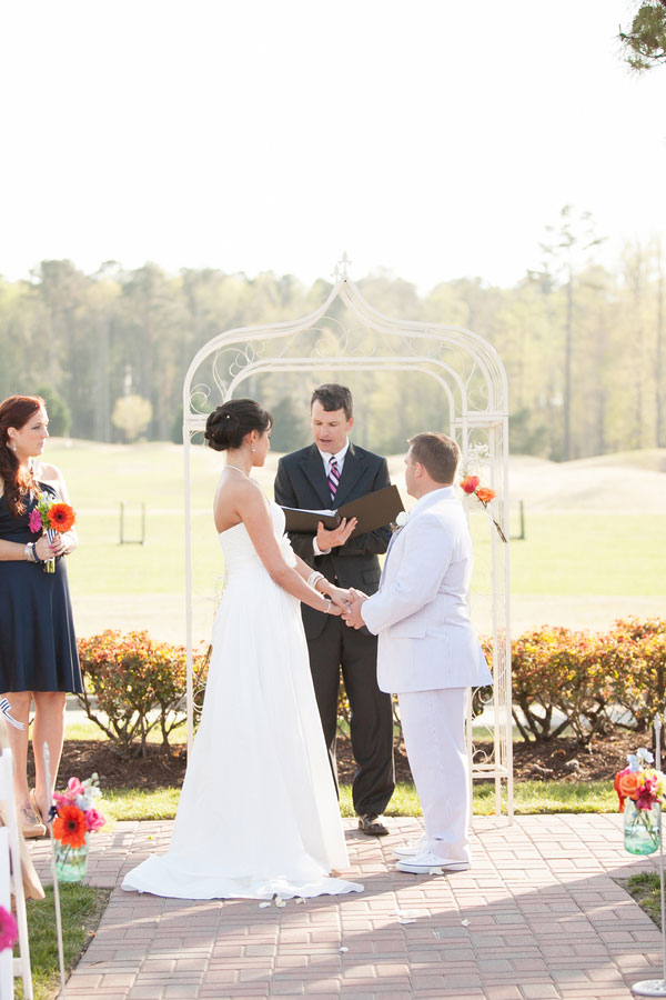 Anna_Chris_Seersucker_Virginia_Beach_Wedding_Amanda_Hedgepeth_Photography_12