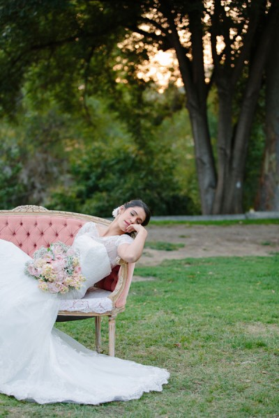 Bohemian_Bride_Styled_Floral_Wedding_Valentina_Glidden_Photography_15