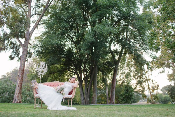 Bohemian_Bride_Styled_Floral_Wedding_Valentina_Glidden_Photography_21