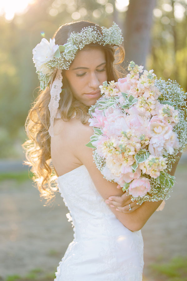 Bohemian_Bride_Styled_Floral_Wedding_Valentina_Glidden_Photography_24