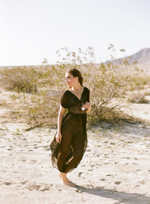 Outdoor Palm Springs Desert Gypsy Boudoir Randi Marie Photography (7)