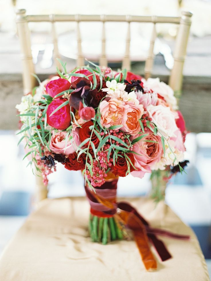 Why It Works Wednesday: Red Hued Wedding Bouquet Inspired By Poetry