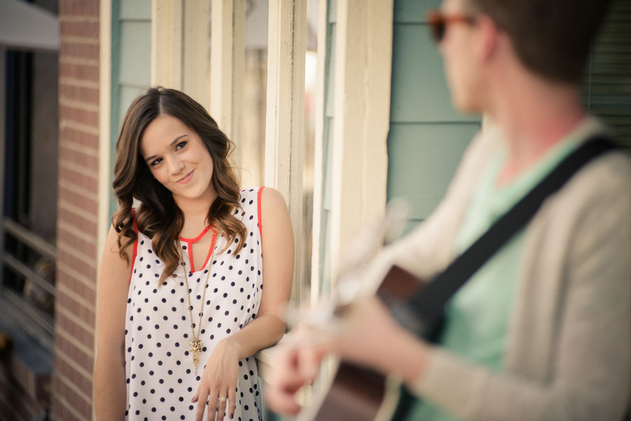 Coffee House Street Musician Engagement Session Elevate Photography (5)