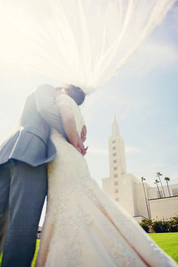 Rancho Cucamonga Elevated Backyard California Wedding AlliChelle Photography (12)