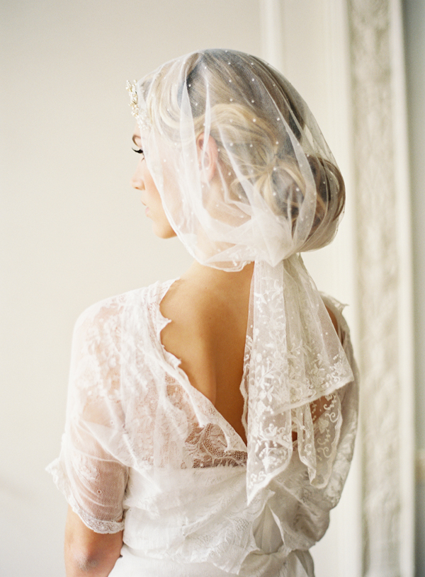 Vintage Dotted Lace Trim Vei via Taylor Clarke Bridals  Rylee Hitchner Photography