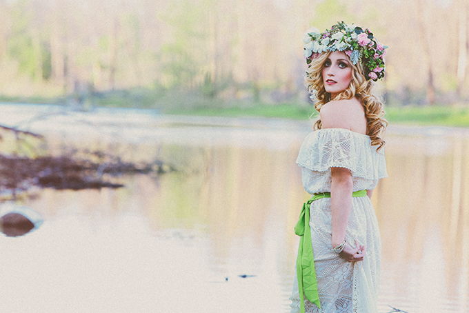Generous oversized floral crown Christina Carroll Photography via Glamour and Grace 3